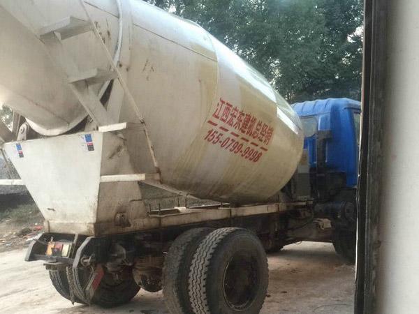 混凝土搅拌车整车带罐可定做